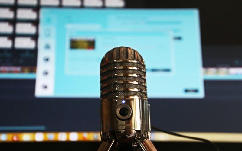 Podcasts sobre saúde ganham mais credibilidade se tiverem dados científicos / Autor: Magda Ehlers / Fonte: Pexels